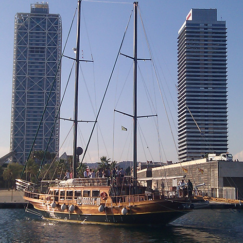 event-barcelone-ship-luxury-boat
