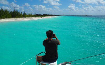 Viaje en catamarán por  Cuba