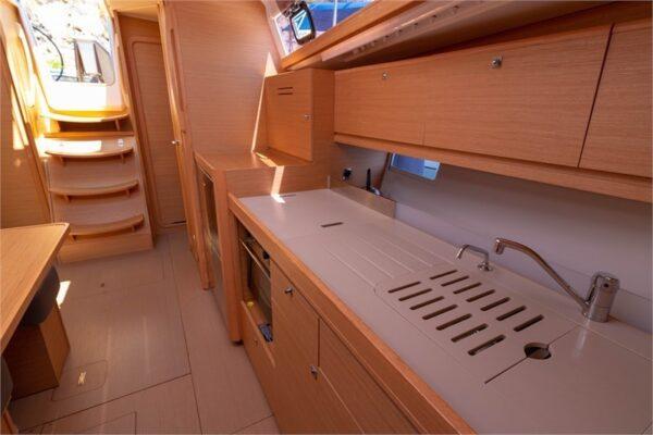 sailboat-renting